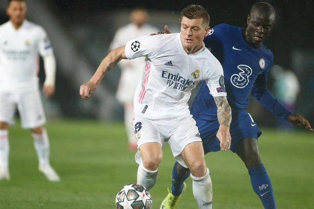Archivo - Toni Kroos durante el partido ante el Chelsea de las semifinales de la Liga de Campeones 2020-2021