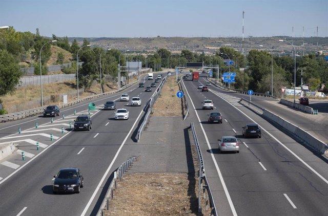 La autovía A-3, a su paso por Arganda del Rey, el día que arranca la operación salida de agosto 2021, a 30 de julio de 2021, en Madrid, (España). La operación salida 2021, que se inicia este viernes 30 de julio desde las 15 horas, se prolongará hasta las