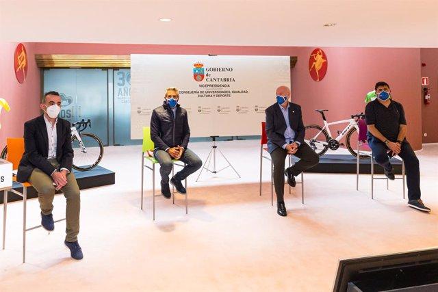 Presentación de la segunda edición de la Vuelta ciclista femenina a Cantabria