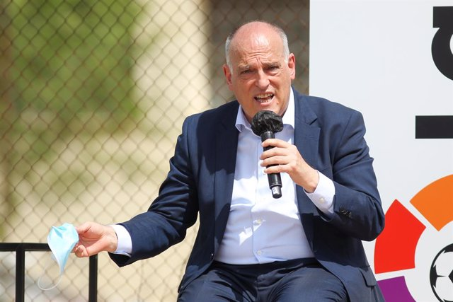 Archivo - Javier Tebas, President of La Liga during Institutional Presentation of ESC Madrid, the sports and educational center that both professional leagues, La liga and NBA, will share in Villaviciosa de Odon on Jun 15, 2021 in Villaviciosa de Odon, Ma
