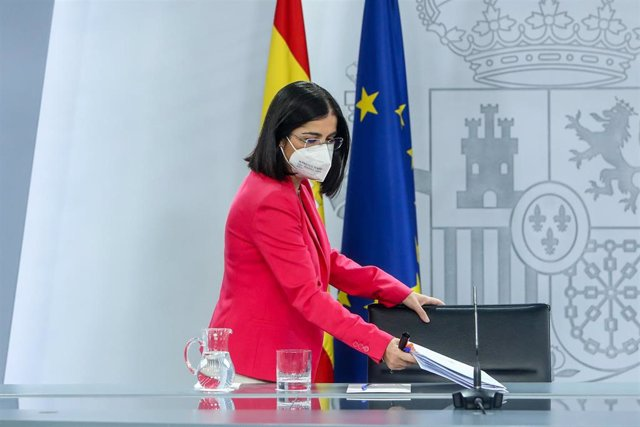 La ministra de Sanidad, Carolina Darias, se dispone a comparecer en la rueda de prensa posterior al Consejo Interterritorial del Sistema Nacional de Salud, a 4 de agosto de 2021, en La Moncloa, Madrid, (España).