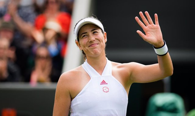 Archivo - Garbine Muguruza of Spain in action during the first round of the 2021 Wimbledon Championships Grand Slam tennis tournament against Fiona Ferro of France
