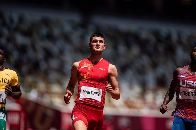 Asier Martínez, del Equipo Español, en la semifinal de 110m vallas de atletismo durante los JJOO 2020, a 4 de agosto, 2021 en Tokio, Japón