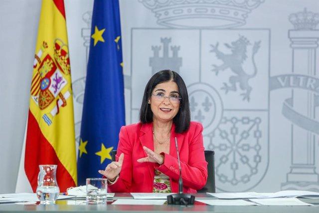 La ministra de Sanidad, Carolina Darias, durante la rueda de prensa posterior al Consejo Interterritorial del Sistema Nacional de Salud, a 4 de agosto de 2021, en La Moncloa, Madrid, (España). Darias ha rechazado que el Gobierno esté planteando traspasar