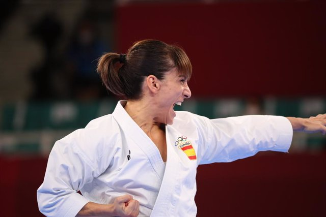 05 August 2021, Japan, Tòquio: Spain's Sandra Sanchez competeixes in the Women's Karate Kata Rànquing Round at Nippon Budokan, as part of the Tòquio 2020 Olympic Games. Photo: Mickael Chavet/ZUMA Press Wire/dpa
