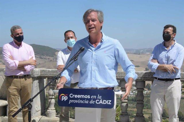 El vicesecretario general del PP, Antonio González Terol, este jueves durante su acto en Vejer de la Frontera (Cádiz).