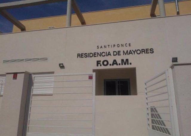 Archivo - Imagen de archivo de la residencia de mayores de la FOAM en Santiponce (Sevilla).