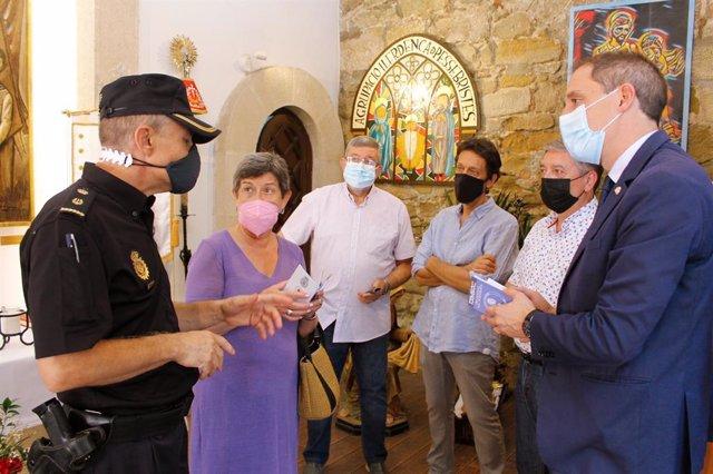 La delegada del Govern a Catalunya Teresa Cunillera i el subdelegat a Lleida José Crespó visiten la capella del Peu del Romeu de Lleida  per divulgar el projecte de la Policia Nacional 'Protegim el Camí: Any Jubillar 2021-2022'.