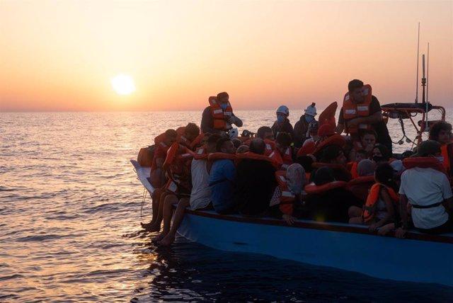 Rescate de migrantes por el barco 'Sea Watch 3' en el Mediterráneo