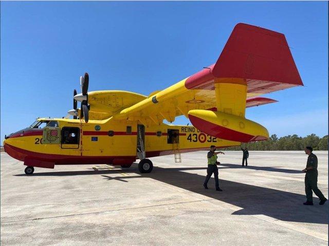 España envía un avión y un equipo de 5 militares de la UME para apoyar contra los incendios en Grecia