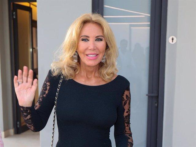 Norma Duval durante el acto de entregra del galardón Mallorquina del verano 2021.
