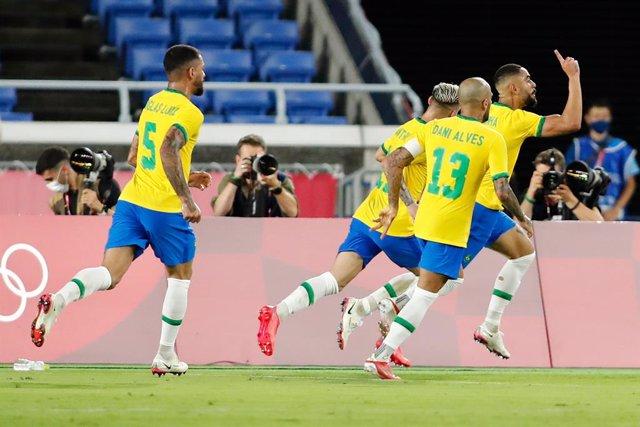 Els jugadors del Brasil celebren el 0-1 de Cunha en la final davant Espanya dels Jocs Olímpics de Tòquio