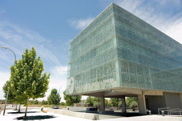 Archivo - Edificio del Servicio de Salud de Castilla-La Mancha.