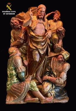 La Guardia Civil ha localizado tres relieves renacentistas de madera policromada, que fueron sustraídos en enero de 1989 de la iglesia parroquial de Santa María la Mayor de Olvés (Zaragoza).