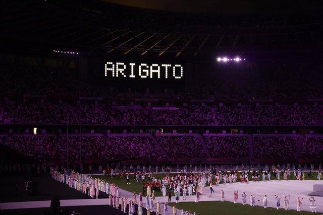 Estadio Olímpico de Tokio en la Ceremonia de Clausura de los Juegos