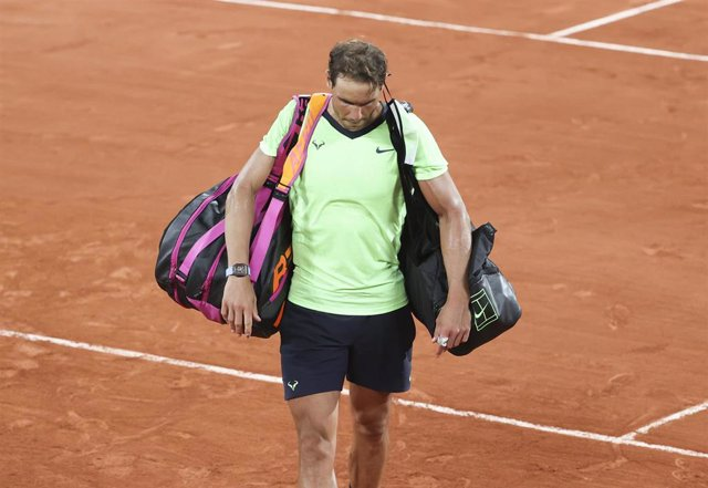 Archivo - Rafa Nadal tras caer eliminado en Roland Garros 2021