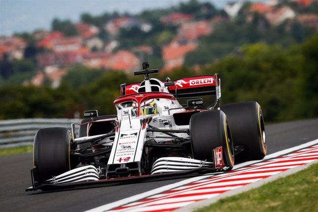 La CNMC ha pedido modificar el acuerdo entre Telefónica y Dazn por la Fórmula 1.