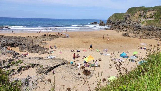 Playa en Caravia