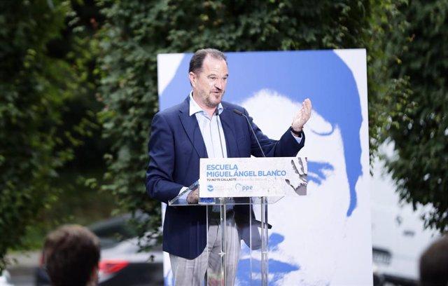 Archivo - Carlos Iturgaiz, presidente del PP vasco.