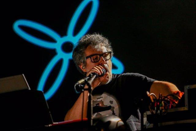 Archivo - Foto de aechivo. El cantante Iván Ferreiro estará este sábado en el Monasterio de Veruela