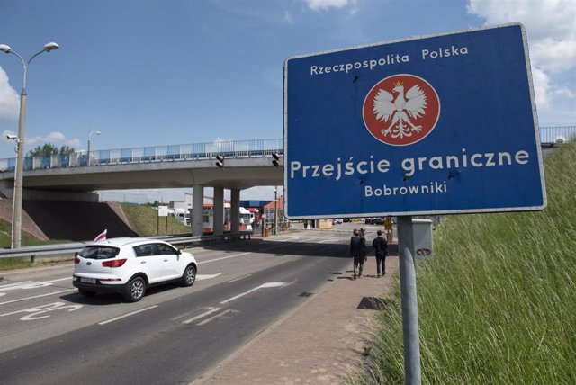 Cruce fronterizo entre Polonia y Bielorrusia.