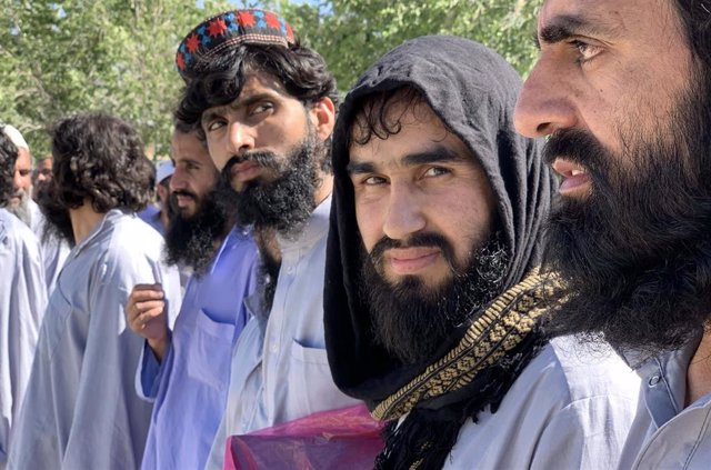 Archivo - Miembros de los talibán