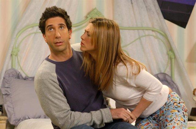 Archivo - David Schwimmer (Ross) y Jennifer Aniston (Rachel) en Friends