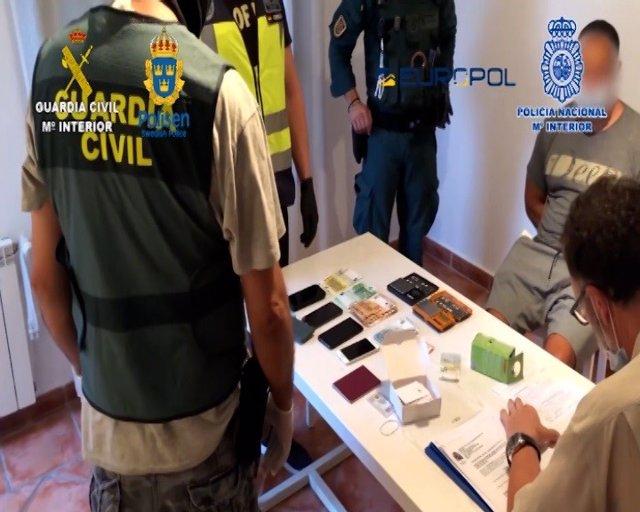 Detienen a 71 integrantes de una red de narcotráfico en España y Suecia a la que se atribuyen 50 asesinatos anuales