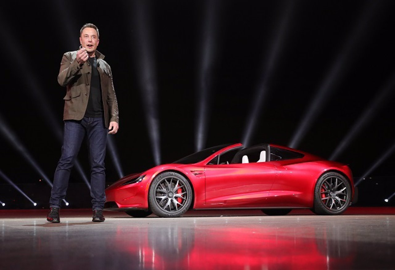 Elon Musk señala a Renesas y Bosch por la crisis de los semiconductores