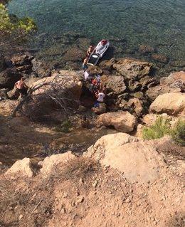 Rescate de un ciclista herido en una zona de rocas de Santa Eulària