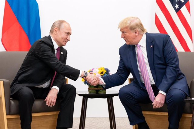 El presidente ruso, Vladimir Putin, y el expresidente de EEUU Donald Trump