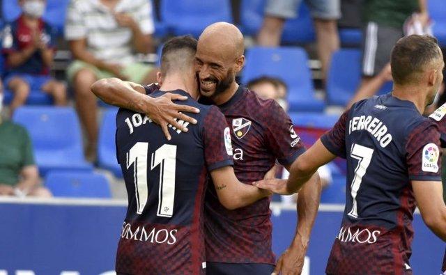 El Huesca celebra el triunfo ante el Eibar en la primera jornada de la Liga SmartBank 2021-22
