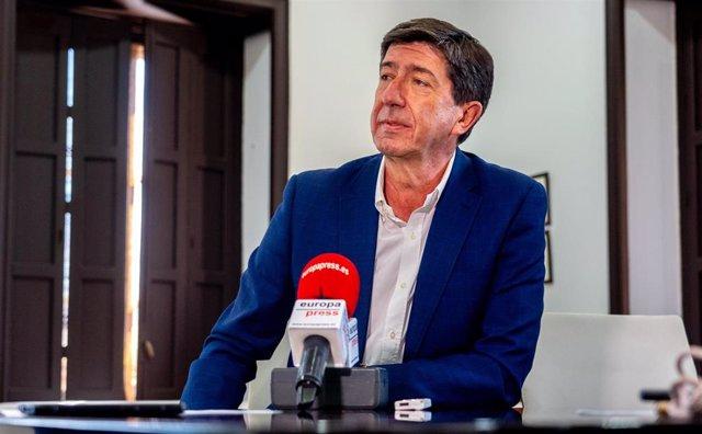 El vicepresidente de la Junta y consejero, Juan Marín, durante la entrevista con Europa Press.
