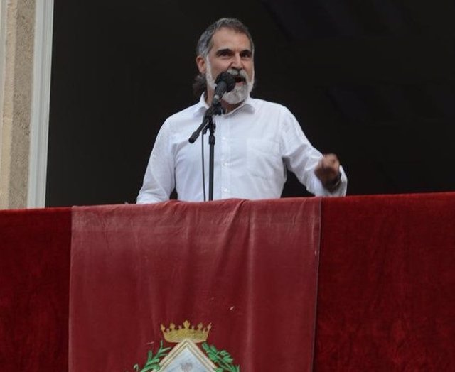 El presidente de Òmnium Cultural, Jordi Cuixart, pronunciando el pregón de la fiesta mayor de Gràcia