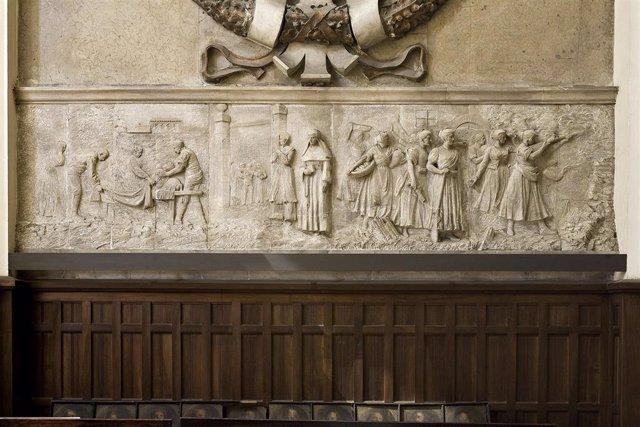 Relieve de la Iglesia del Portillo de Zaragoza.