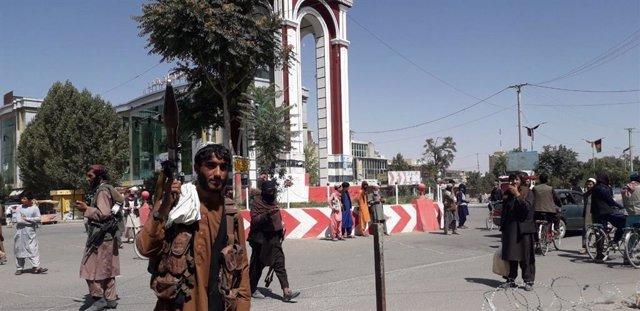 Milicianos talibán en la ciudad de Ghazni