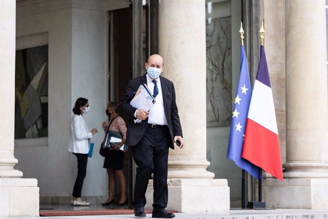28 July 2021, France, Paris: French Foreign Affairs Minister Jean-Yves Le Drian leaves after attending a cabinet meeting at the Elysee Palace. Photo: Sadak Souici/Le Pictorium Agency via ZUMA/dpa