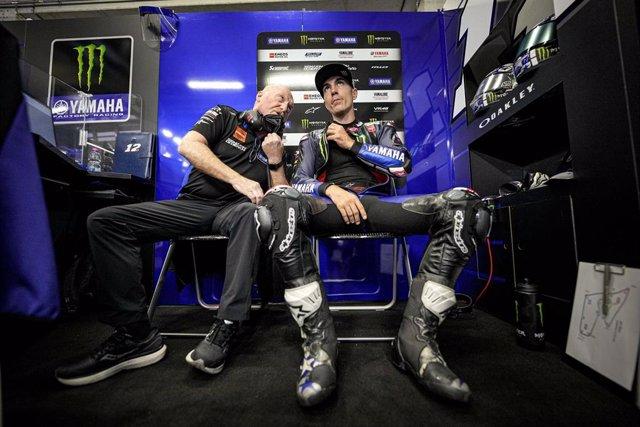 Maverick Viñales en el 'box' de Yamaha durante el Gran Premio de Estiria 2021