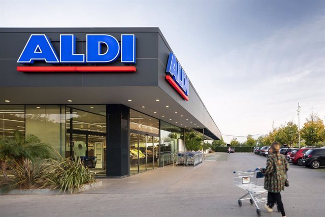 Archivo - Un supermercado Aldi.