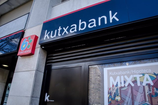 Archivo - Sucursal de Kutxabank.