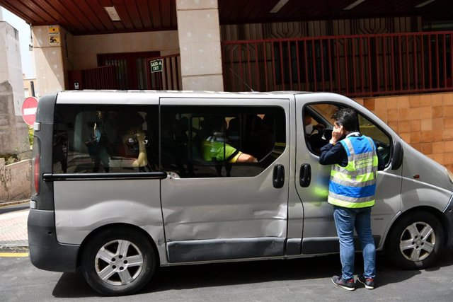 Furgoneta con menores marroquíes a las puertas del juzgado