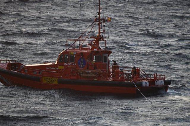 Archivo - La embarcación Salvamar Atria