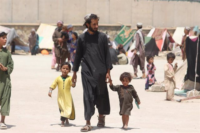 Una familia de desplazados internos en Kandahar, Afganistán