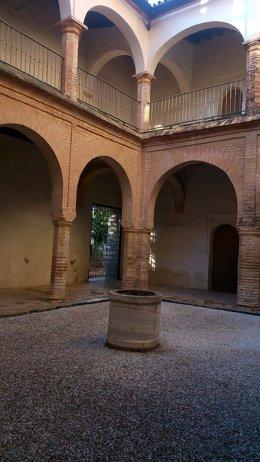 Claustro del monasterio de San Isidoro del Campo