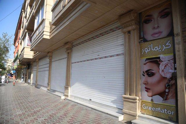 Tienda cerrada en Kabul