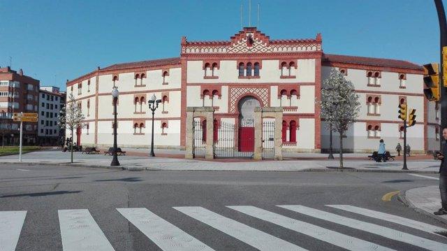Archivo - Arxiu - Plaza de Toros de Gijón, El Bibio.