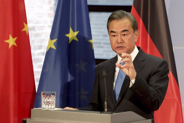 Archivo - FILED - 01 September 2020, Berlin: Chinese Foreign Minister Wang Yi speaks during a press conference with German Foreign Minister Heiko Maas (Not Pictured) following their meeting. China's understanding of its relationship to self-ruled Taiwan,