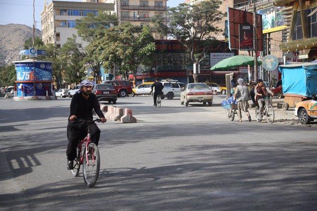 Vista general de una calle en Kabul