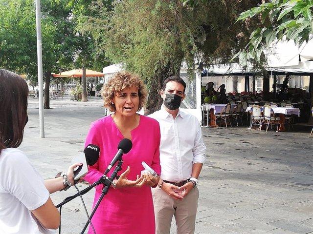La Portavoz Del PP En El Parlamento Europeo, Dolors Montserrat, Y El Presidente Provincial Del PP En Barcelona, Manu Reyes.