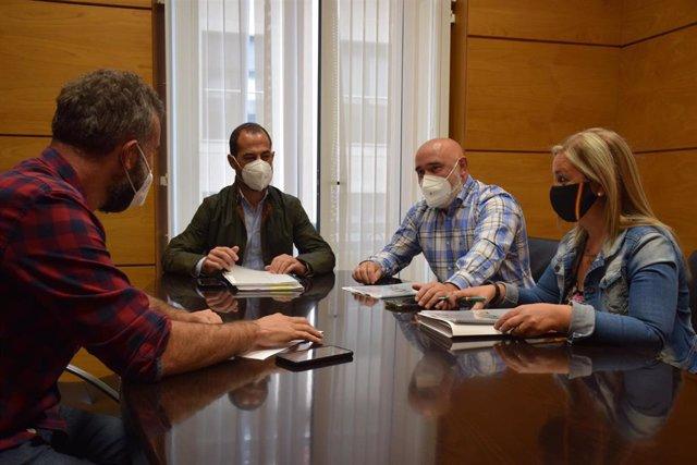 Reunión del alcalde de Siero con Vox.